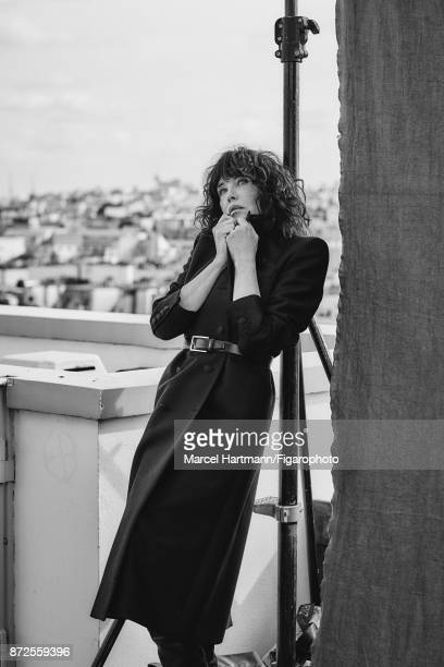 Actress Isabelle Adjani is photographed for Madame Figaro on October 4 2017 in Paris France Coat belt boots Make up by Givenchy Le Makeup PUBLISHED...