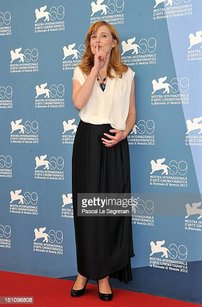 Actress Isabelle Carre attends the Cherchez Hortense Photocall during the 69th Venice International Film Festival at Palazzo del Casino on September...