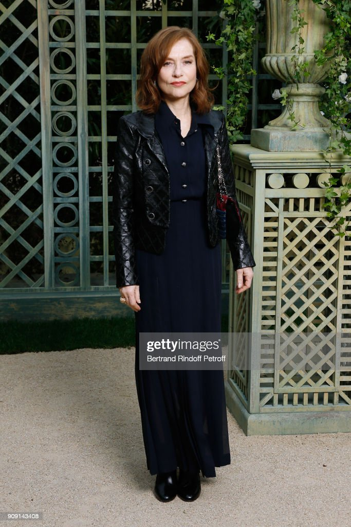 actress-isabelle-huppert-attends-the-chanel-haute-couture-spring-picture-id909143408
