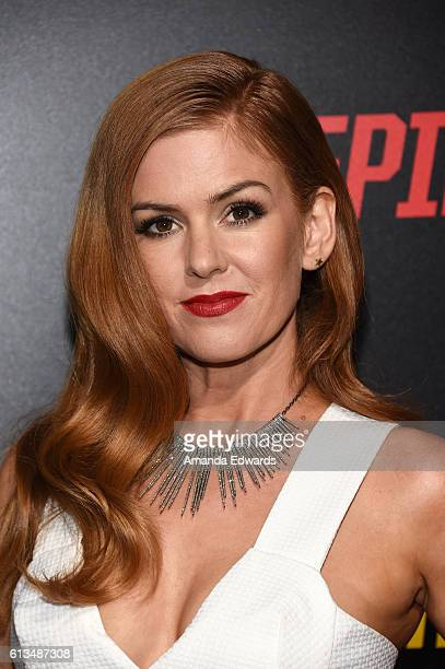 Actress Isla Fisher arrives at the premiere of 20th Century Fox's Keeping Up With The Joneses at Fox Studios on October 8 2016 in Los Angeles...