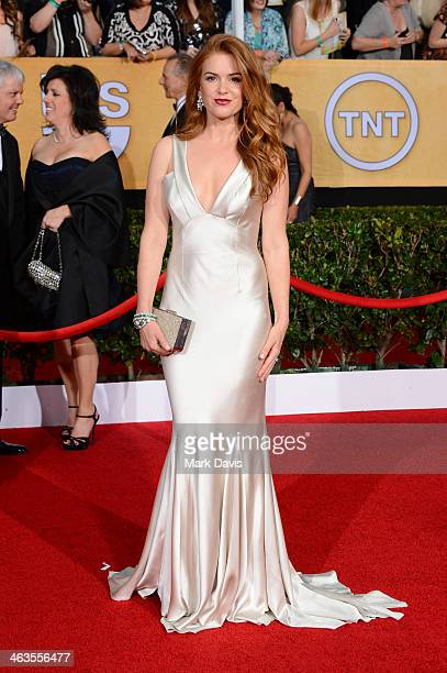 Actress Isla Fisher attends 20th Annual Screen Actors Guild Awards at The Shrine Auditorium on January 18, 2014 in Los Angeles, California.