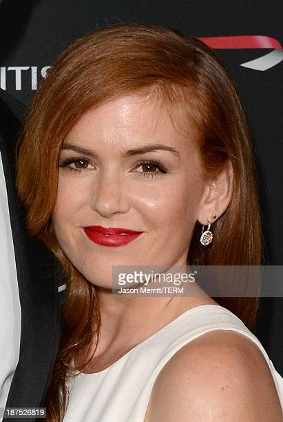 Actress Isla Fisher attends the 2013 BAFTA LA Jaguar Britannia Awards presented by BBC America at The Beverly Hilton Hotel on November 9 2013 in...