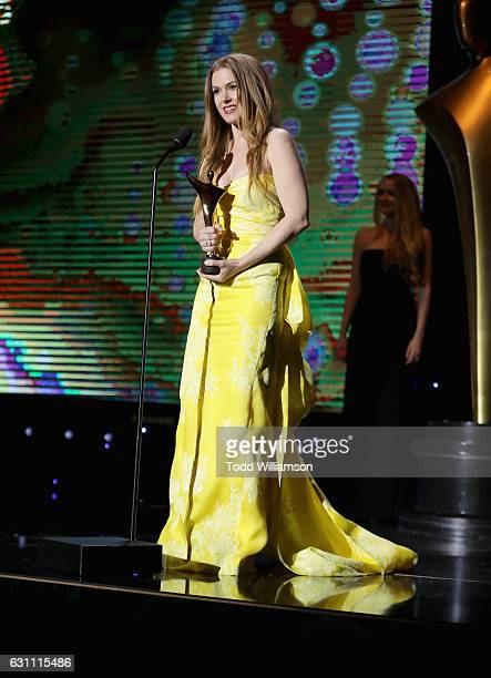 Actress Isla Fisher speaks onstage during The 6th AACTA International Awards on January 6 2017 in Los Angeles California