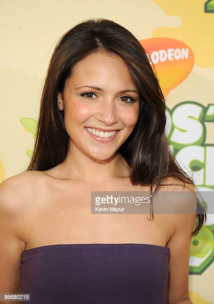 Actress Italia Ricci arrives at Nickelodeon's 2009 Kids' Choice Awards at UCLA's Pauley Pavilion on March 28 2009 in Westwood California