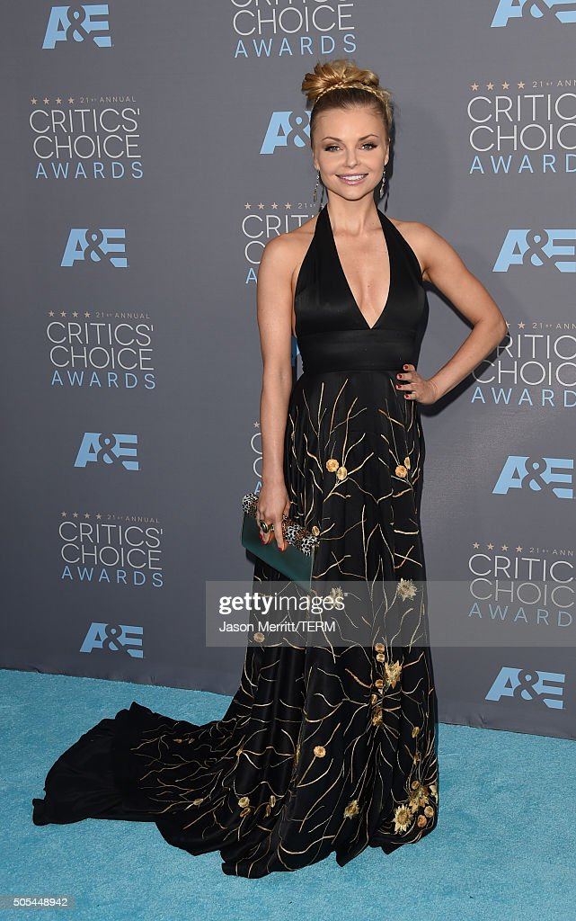 Actress Izabella Miko attends the 21st Annual Critics' Choice Awards at Barker Hangar on January 17, 2016 in Santa Monica, California.