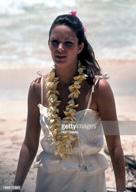 Actress Jaclyn Smith on the set of 'Charlie's Angels' Season 2 Episode 1 Entitled 'Angels in Paradise' on June 14 1977 at the beach in Honolulu O'ahu...