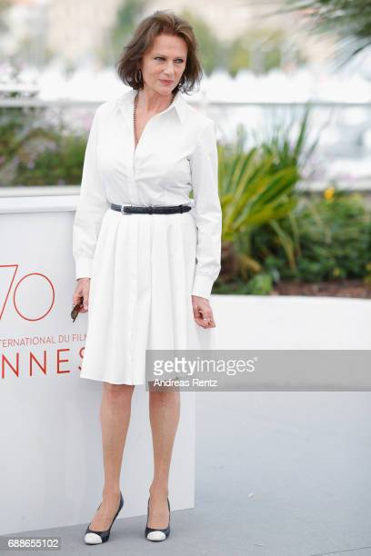 Actress Jacqueline Bisset attends the 'Amant Double ' Photocall during the 70th annual Cannes Film Festival at Palais des Festivals on May 26 2017 in...