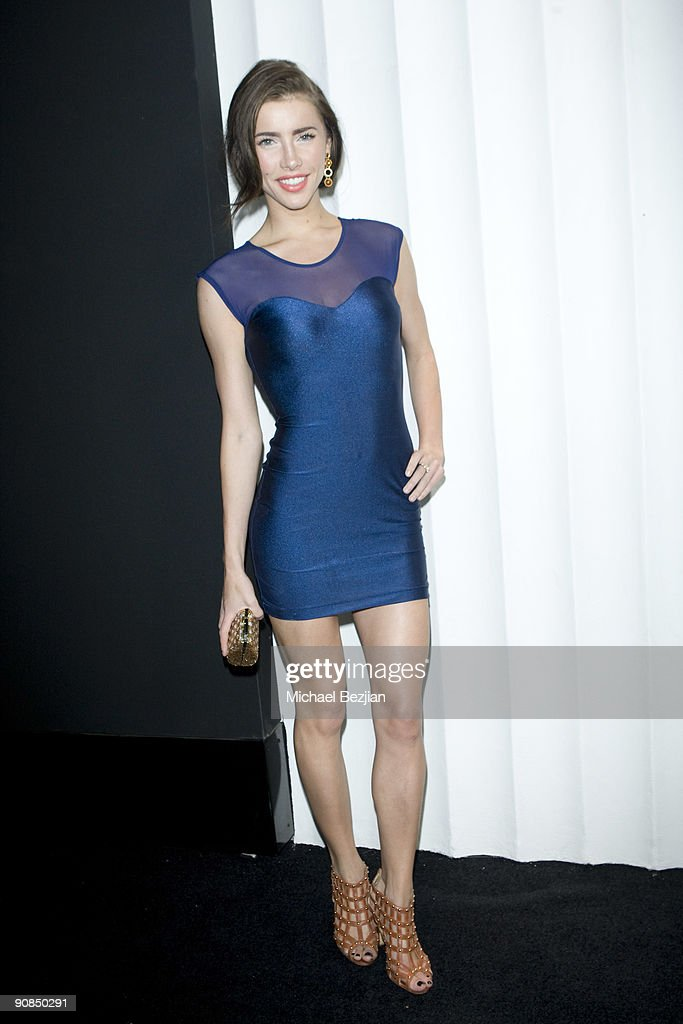 Actress Jacqueline MacInnes attends SBE's Mi-6 Nightclub Opening on September 15, 2009 in West Hollywood, United States.