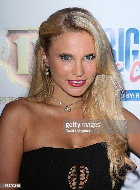 Jacqui Holland Stock Pictures, Royalty-free Photos