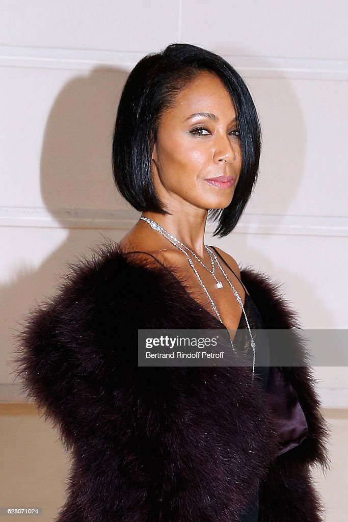 Actress Jada Pinkett Smith attends the 'Chanel Collection des Metiers d'Art 2016/17 : Paris Cosmopolite'