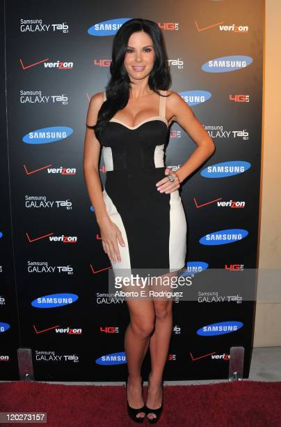 Actress Jade Nicole arrives to the Samsung and Verizon Launch of The Samsung Galaxy Tab 101 on August 2 2011 in West Hollywood California
