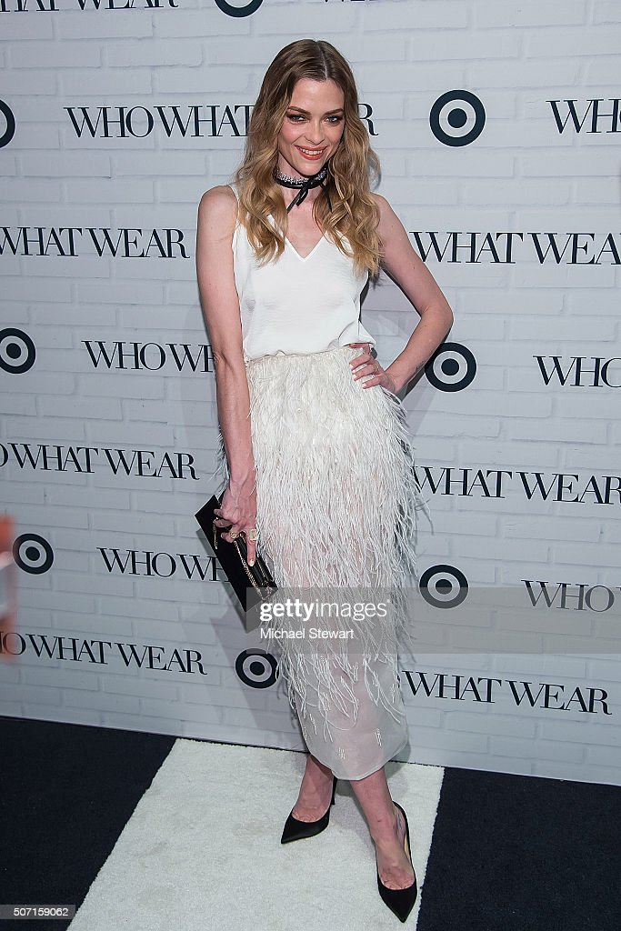 Fotos e imgenes de target x who what wear launch party getty images actress jaime king attends the target x who what wear launch party at artbeam on january sciox Choice Image