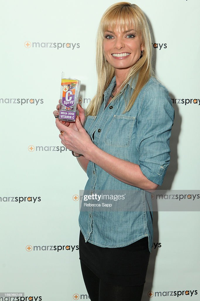 Actress Jaime Pressly attends Kari Feinstein's Pre-Golden Globes Style Lounge at the W Hollywood on January 10, 2013 in Hollywood, California.