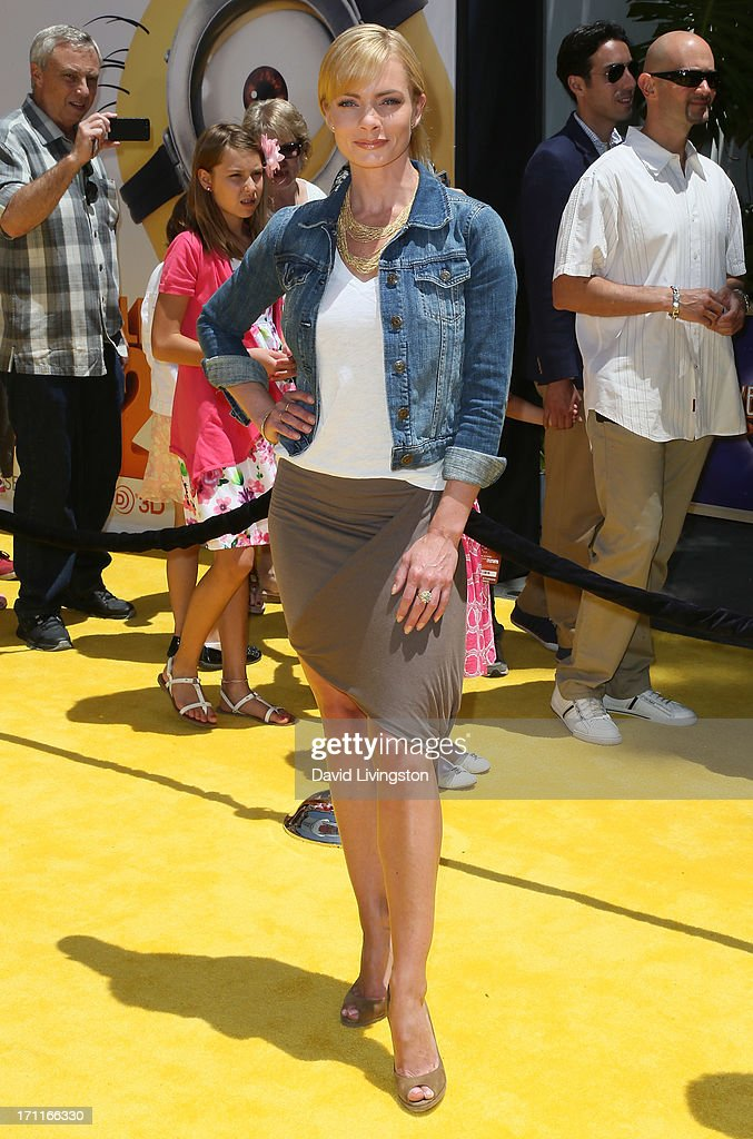 Actress Jaime Pressly attends the premiere of Universal Pictures' 'Despicable Me 2' at the Gibson Amphitheatre on June 22, 2013 in Universal City, California.