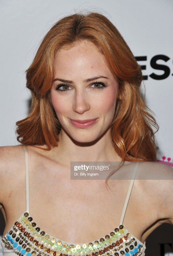 The Hit The Road TXT L8TR Campaign Hosted By Express And Elle Magazine - Arrivals : News Photo