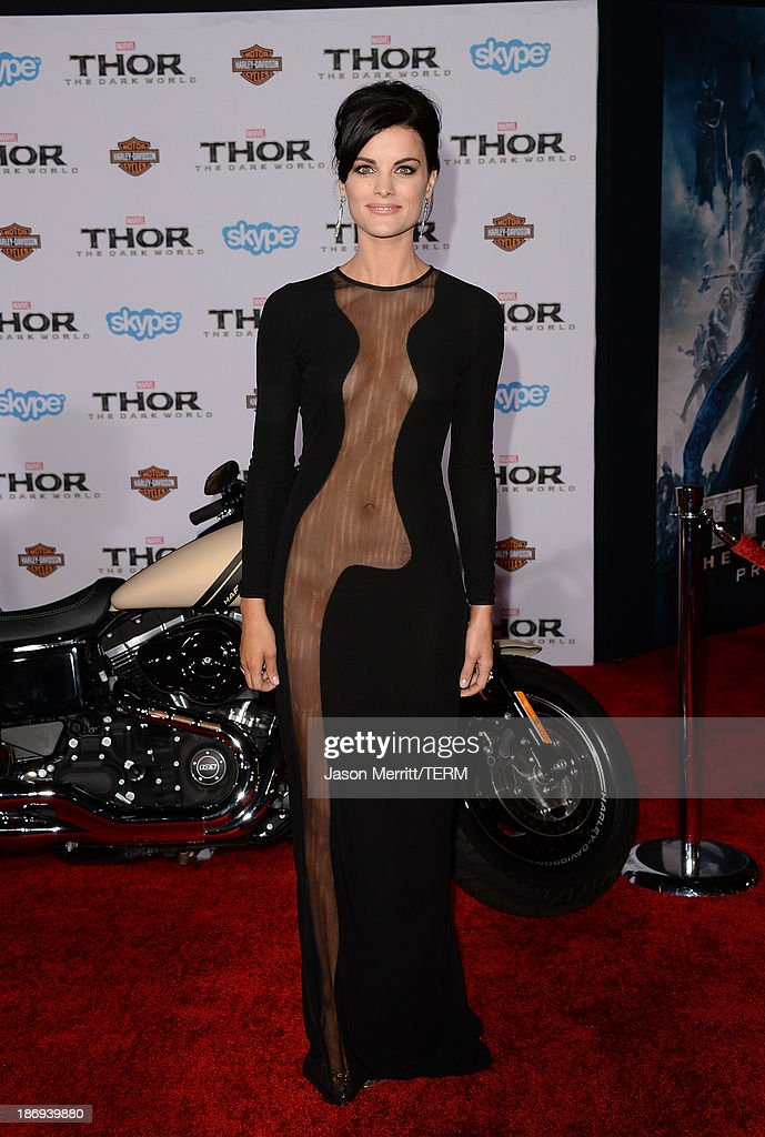 "Premiere Of Marvel's ""Thor: The Dark World"" - Arrivals : News Photo"