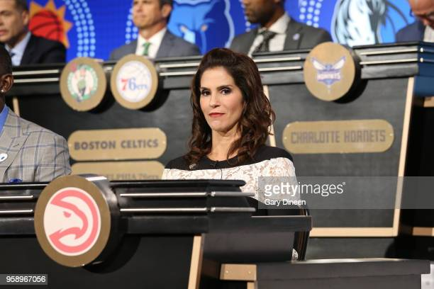 Actress Jami Gertz represents the Atlanta Hawks during the NBA Draft Lottery on May 15 2018 at The Palmer House Hilton in Chicago Illinois NOTE TO...