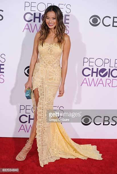 Actress Jamie Chung arrives at the 2017 People's Choice Awards at Microsoft Theater on January 18 2017 in Los Angeles California