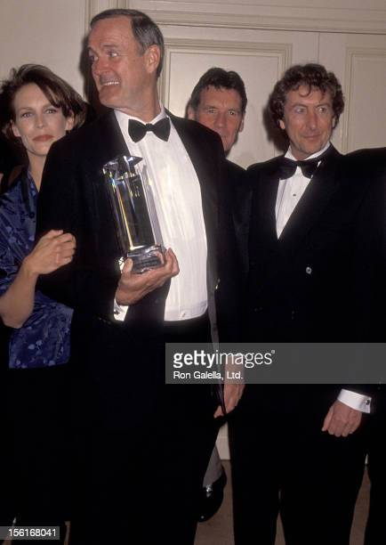 Actress Jamie Lee Curtis actor/writer John Cleese writer Michael Palin and actor Eric Idle attend the Screen Actors Guild Foundation's Second Annual...