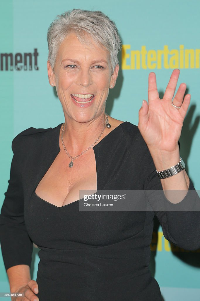 Actress Jamie Lee Curtis arrives at the Entertainment Weekly celebration at Float at Hard Rock Hotel San Diego on July 11, 2015 in San Diego, California.
