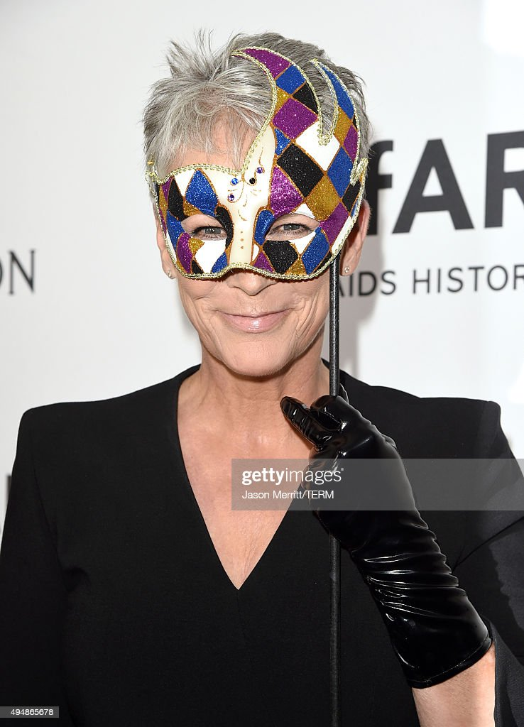 Actress Jamie Lee Curtis attends amfAR's Inspiration Gala Los Angeles at Milk Studios on October 29, 2015 in Hollywood, California.