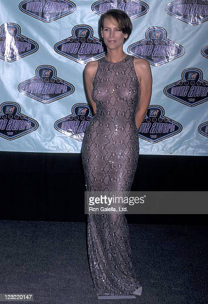 Actress Jamie Lee Curtis attends the Fifth Annual MTV Movie Awards on June 8 1996 at Walt Disney Studios in Burbank California