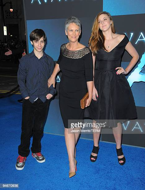 Actress Jamie Lee Curtis attends the Los Angeles premiere of Avatar at Grauman's Chinese Theatre on December 16 2009 in Hollywood California