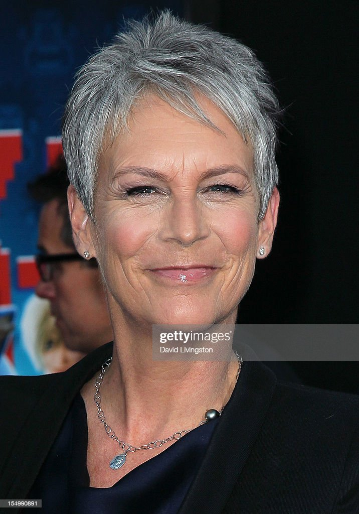 Actress Jamie Lee Curtis attends the premiere of Walt Disney Animation Studios' 'Wreck-It Ralph' at the El Capitan Theatre on October 29, 2012 in Hollywood, California.