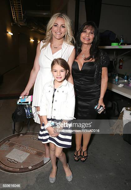 Actress Jamie Lynn Spears Maddie Briann Aldridge and Lynne Spears attend the 2016 Billboard Music Awards at TMobile Arena on May 22 2016 in Las Vegas...