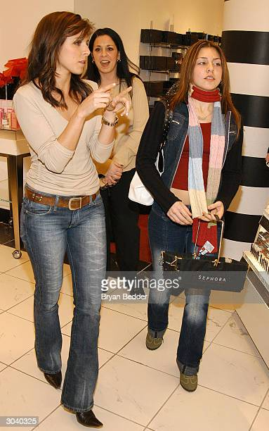 Actress JamieLynn DiScala goes on a shopping spree with 'Clean Girl' contest winner Alyssa Nowak at the Sephora Soho Store March 3 2004 in New York...