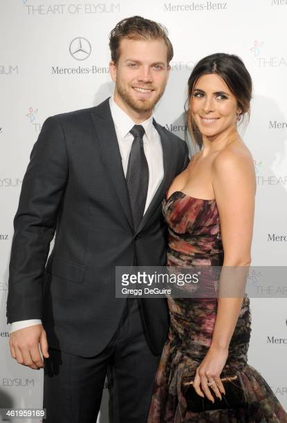 Actress Jamie-Lynn Sigler and Cutter Dykstra arrive at The Art of Elysium's 7th Annual HEAVEN Gala at the Guerin Pavilion at the Skirball Cultural...