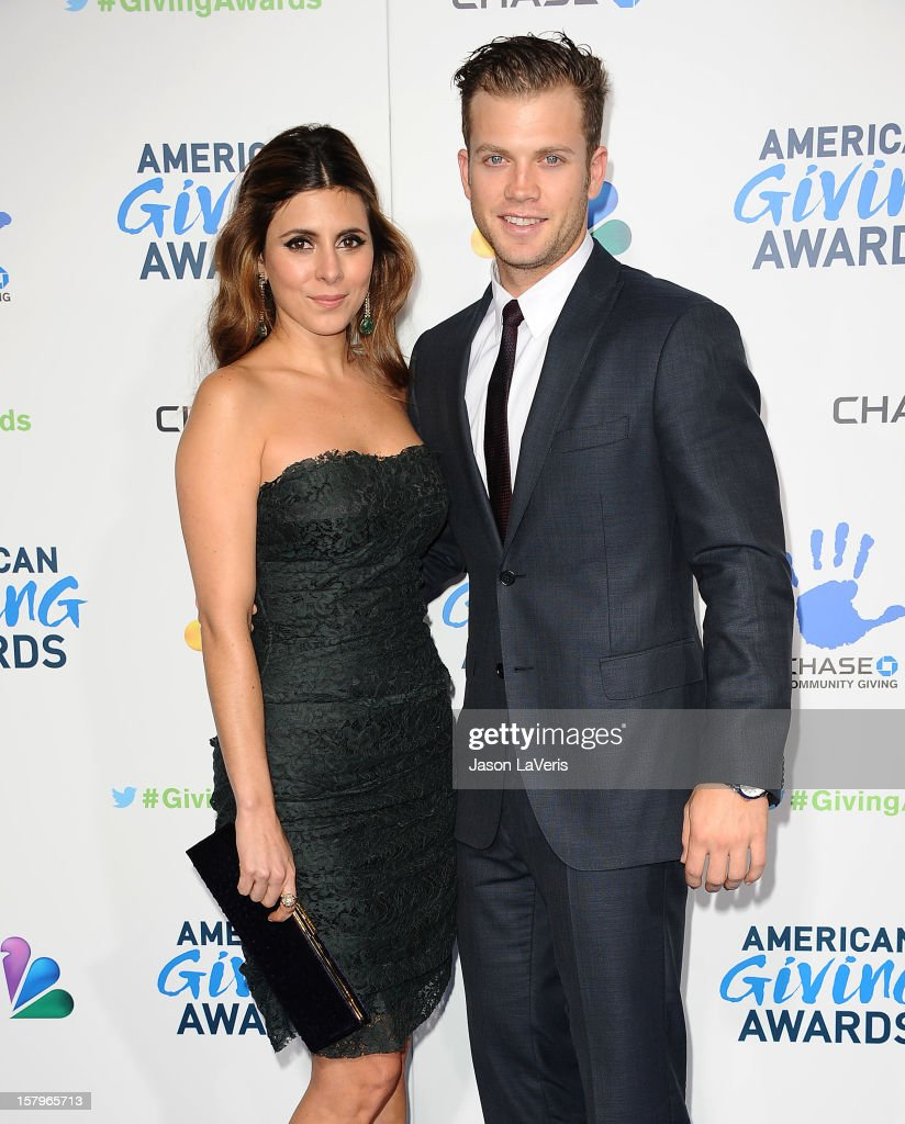 Actress Jamie-Lynn Sigler and Cutter Dykstra attend 2012 American Giving Awards at Pasadena Civic Auditorium on December 7, 2012 in Pasadena, California.