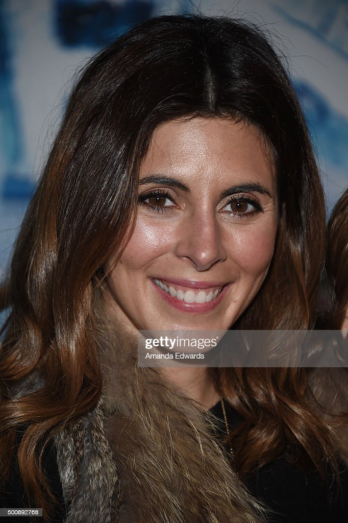 Actress Jamie-Lynn Sigler arrives at the premiere of Disney On Ice's 'Frozen' at Staples Center on December 10, 2015 in Los Angeles, California.