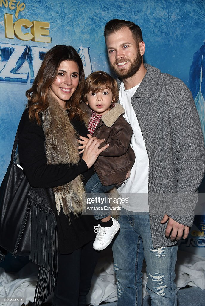 Actress Jamie-Lynn Sigler, Beau Dykstra and Cutter Dykstra arrive at the premiere of Disney On Ice's 'Frozen' at Staples Center on December 10, 2015 in Los Angeles, California.