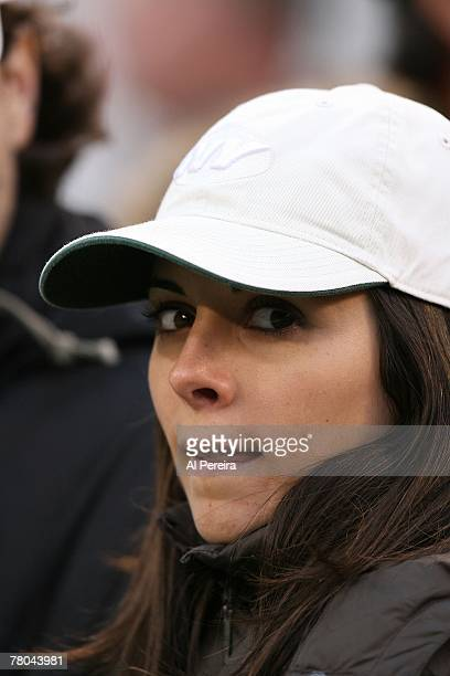 Actress JamieLynn Sigler enjoys the game between the New York Jets and the Pittsburgh Steelers at Giants Stadium The Meadowlands East Rutherford New...