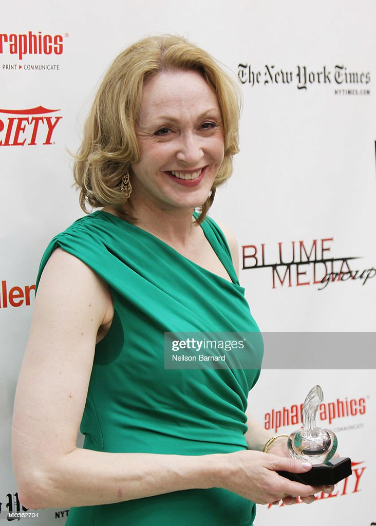 Actress Jan Maxwell arrives at the 55th Annual Drama Desk Award at FH LaGuardia Concert Hall at Lincoln Center on May 23, 2010 in New York City.