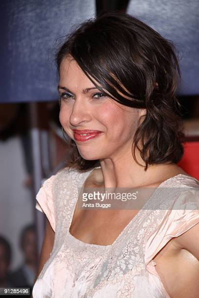 Actress Jana Pallaske attends the premiere of 'Maennerherzen' at the CineMaxx movie theater on September 29 2009 in Berlin Germany