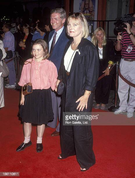 Actress Jane Curtin Patrick Lynch and daughter Tess Lynch attend the 'Coneheads' Hollywood Premiere on July 19 1993 at Mann's Chinese Theatre in...