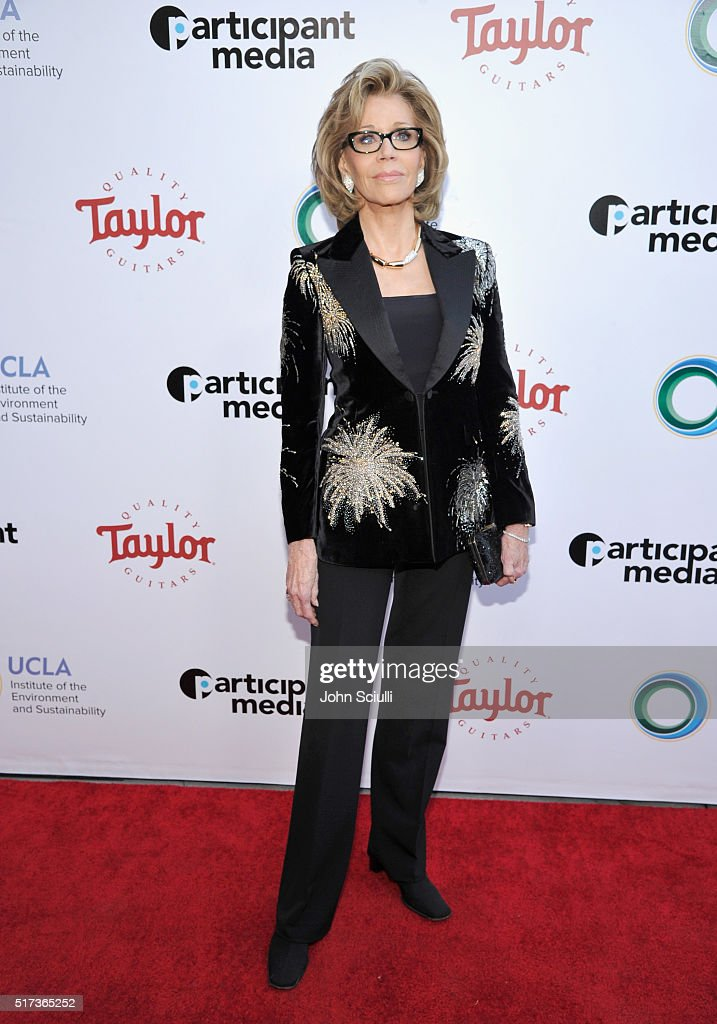 Actress Jane Fonda attends UCLA Institute of the Environment and Sustainability annual Gala on March 24, 2016 in Beverly Hills, California.