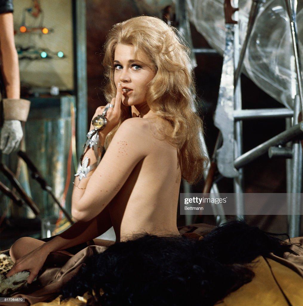 Jane fonda in the nude