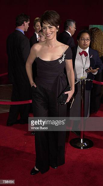 Actress Jane Kaczmarek attends the 53rd Annual Primetime Emmy Awards at The Shubert Theater November 4 2001 in Los Angeles CA