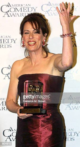 Actress Jane Kaczmarek poses with her award for Funniest Female Performer In A Television Series for her leading role in 'Malcolm in the Middle'...