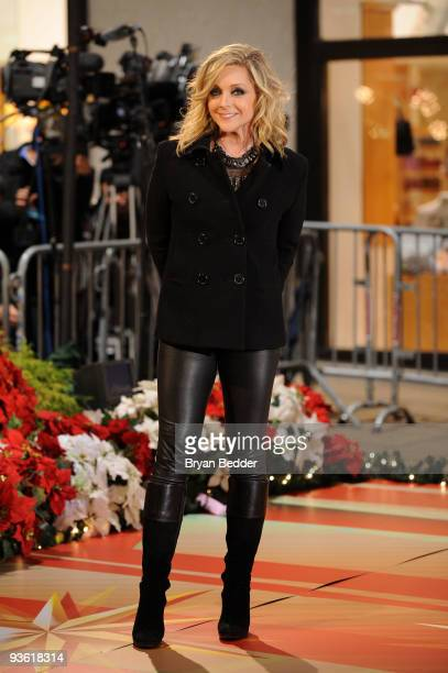Actress Jane Krakowski appears onstage at the Rockefeller Center Christmas tree lighting at Rockefeller Center on December 2 2009 in New York City