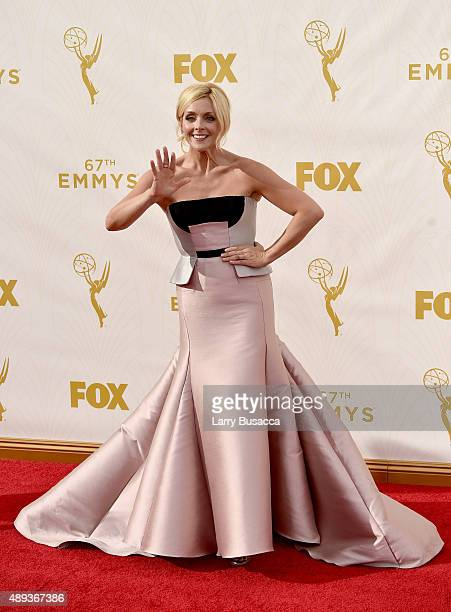 Actress Jane Krakowski attends the 67th Annual Primetime Emmy Awards at Microsoft Theater on September 20 2015 in Los Angeles California