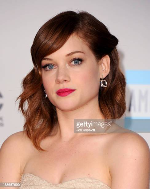 Actress Jane Levy arrives at the 2011 American Music Awards held at Nokia Theatre LA Live on November 20 2011 in Los Angeles California