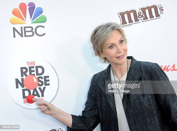Actress Jane Lynch arrives for The Red Nose Day Special On NBC at Alfred Hitchcock Theater at Universal Studios on May 26 2016 in Universal City...
