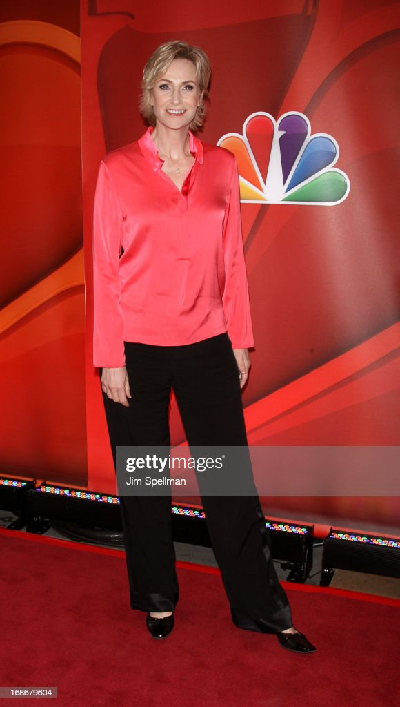 Actress Jane Lynch attends 2013 NBC Upfront Presentation Red Carpet Event at Radio City Music Hall on May 13, 2013 in New York City.
