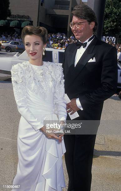 Actress Jane Seymour and David Flynn attend 40th Annual Primetime Emmy Awards on August 28 1988 at the Pasadena Civic Auditorium in Pasadena...
