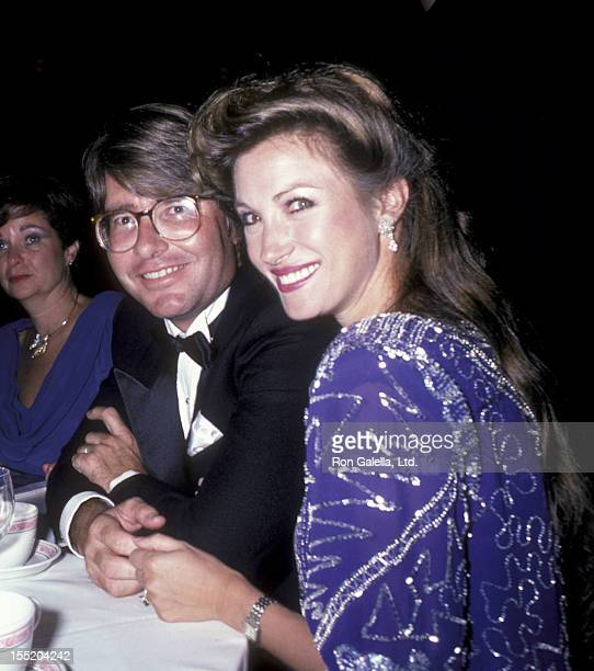 Actress Jane Seymour and David Flynn attend RP Foundation Fighting Blindness Humanitarian Award Dinner on September 5 1985 at the Waldorf Astoria...