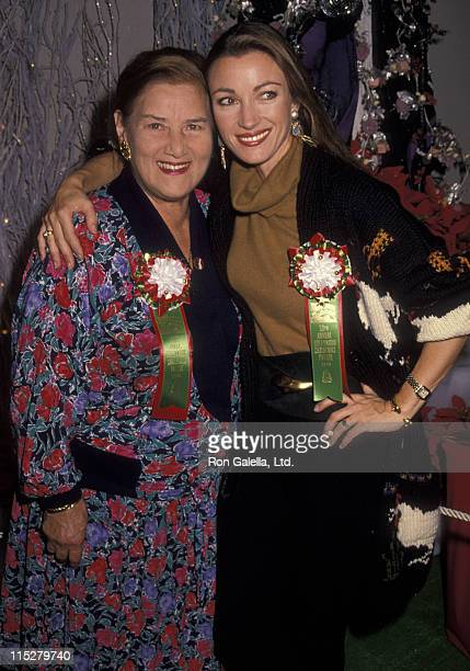 Actress Jane Seymour and mother attend 52nd Annual Hollywood Christmas Parade on November 25 1990 in Hollywood California